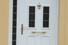 Puerta casa  blanca